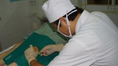 Phương pháp tiêm nội khớp gối huyết tương giàu tiểu cầu (PRP) tự thân điều trị thoái hóa khớp gối nguyên phát